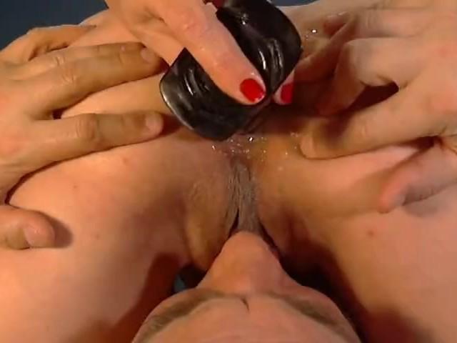 Lick my clit and finger bang my ass pics 371