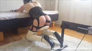 Extreme fetish maid
