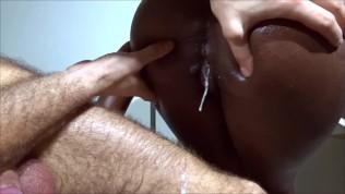 OILY BUBBLE BUTT - sexy ebony babe twerking on cock