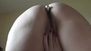 BUTTPLUG HIDDEN CAM CAUGHT MASTURBATION