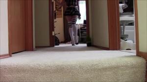 Geeky Chubby Girl Waling in Heels