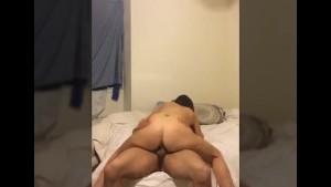 Amateur couple fuck big cumshot!