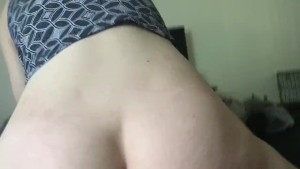 Girlfriend riding my dick til i cum