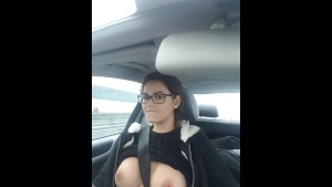 Teen piercing nipple Flash on the road - Flash en voiture by Vic Alouqua