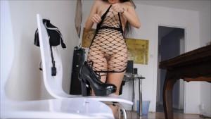 SexyMargaux waits her master...