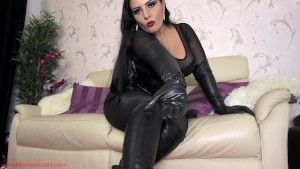 Worship Me in any leather!