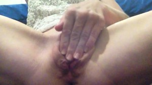Cinamonbum needs hard thick cock for lonely pussy!!!
