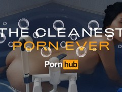 和June Liu一起做The Cleanest Porn Ever NSFW