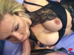 Shemale in lingerie fucking and sucking until she comes !