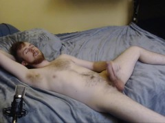 HORNY MODEL FREAKYKNIGHT JERKS OFF ON HIS BED AND SHOWS OFF BIG UNCUT DICK