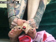 Cute Sexy Teen Teases with her Soft Soles and Pretty Feet - Foot Fetish