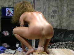 Hot brunette naked and oiled stuffs pussy riding and fucking brutal dildo