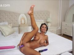 Anisyia Livejasmin hardcore machine fuck pussy stretching penetration