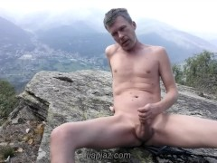 Twink daddy Lapjaz has another horny anal orgasm in the mountains