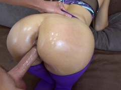 My step sister got creampie in her pussy in ripped yoga pants POV