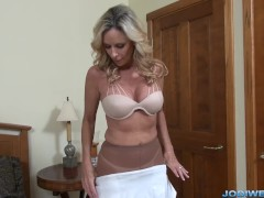 MILF StepMom Jodi West plays with herself