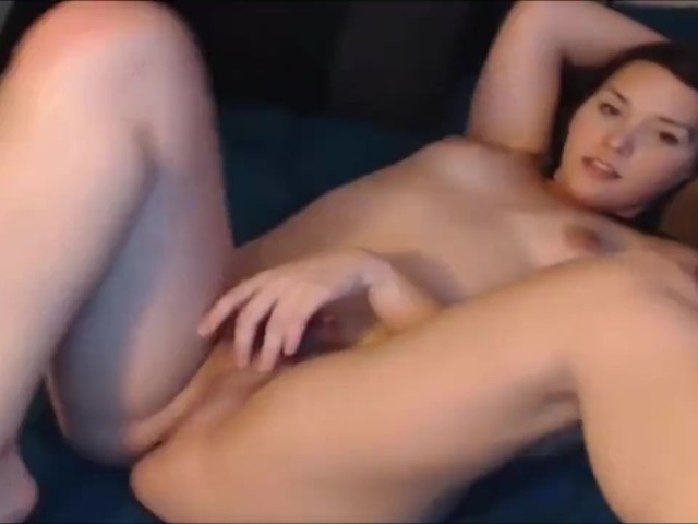 Teen Transsexual Blows Her Own Shaft