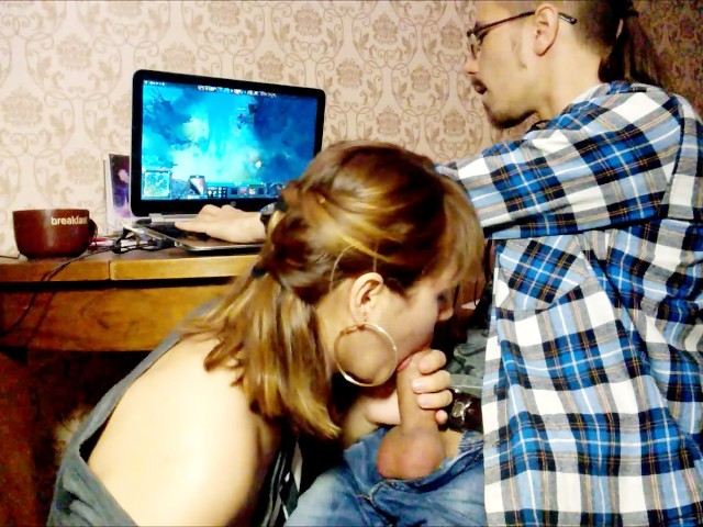 Dota 2 Blowjob The Best Way To Distract From The Game - Free Porn -1465