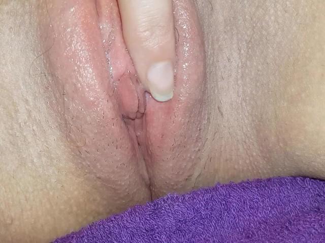 close up wet pussy pics