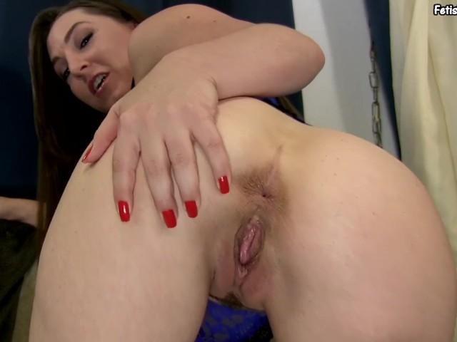 Sofia staks busty babe