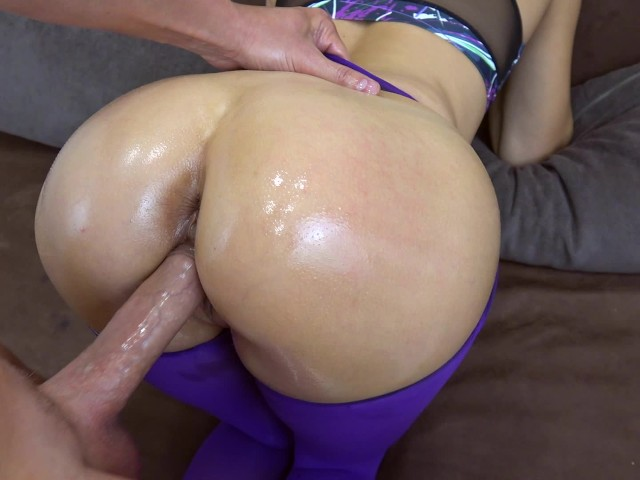 Yoga pants creampie