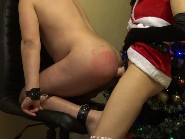 Christmas Mrs Claus Strapon Bad Boy and Masturbate Him Till Cumshot on Tits