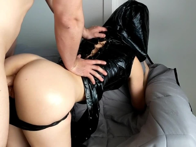Goth Babe Gets a Big Jizz Load From Her Step Brother With Her Big Oily Ass