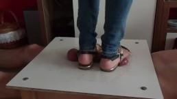 Cumshot under sandals of...