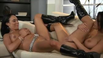 Dylan Ryder & Mariah Milano Big Tit Pussy Licking Lesbian Freaks!