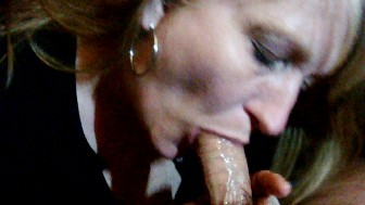 Queenmilf .I get drunk and suck my boyfriends cock 6-3-16 pt2