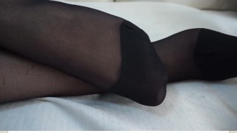 FEET - NYLON - PANTYHOSE - VI