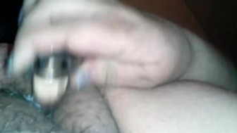 Fat pussy creams on dildo while boring ex snores