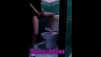 Crazy teen squirting orgasm in public toilet - Laura Fatalle