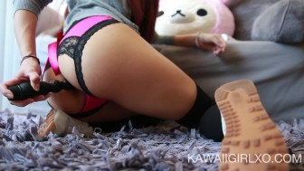 Teen Fills Her Thick Ass With Toys