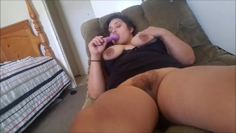 VIBRATING TOY PLEASURES MY PUSSY -LUSTY LAVISH