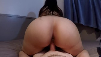 THICK ASS BRUNETTE GYRATES REVERSE COWGIRL POV UNTIL HOT MESSY CREAMPIE