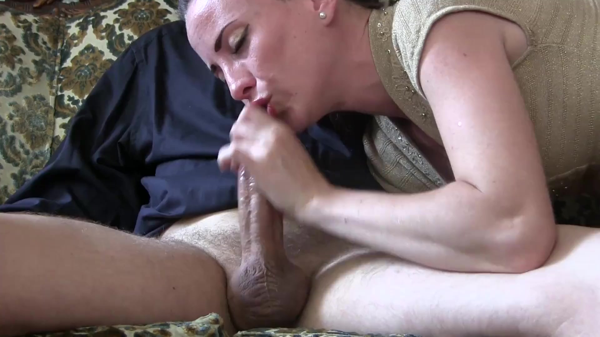 Sensual Eye Contact Blowjob