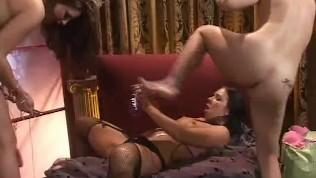 Pussy POV, Scene 1