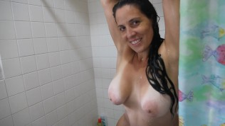 A peak at Cammy, in the shower, getting her curves nice and wet.