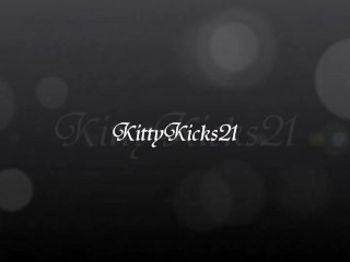 Wears/view/should pick kitty wear what