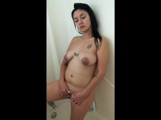 Playing with pussy and sucking cock in shower