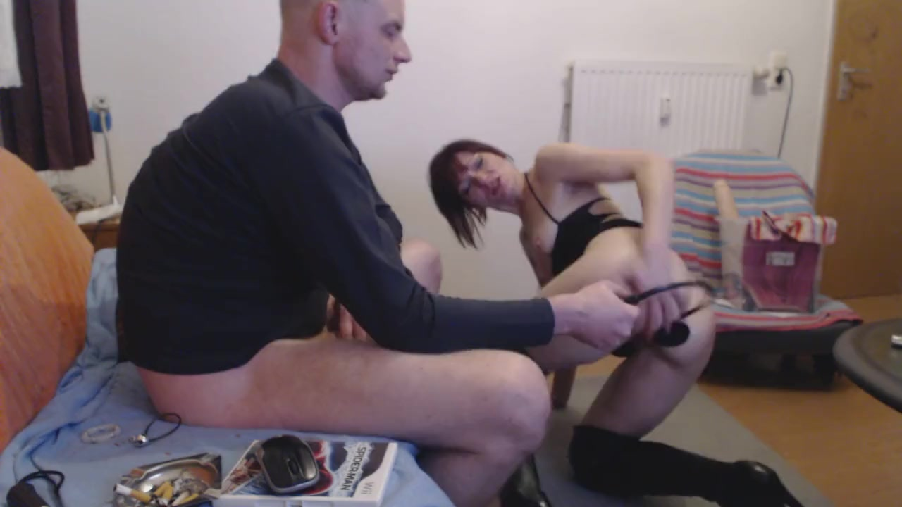 Sweaty nasty blowjob deepthroat