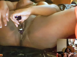 FUCK! I M HORNY! LET ME SQUIRT BEFORE I GO TO WORK