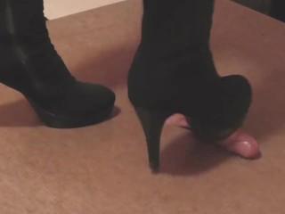 Black slut high boots cockcrush with cumshot