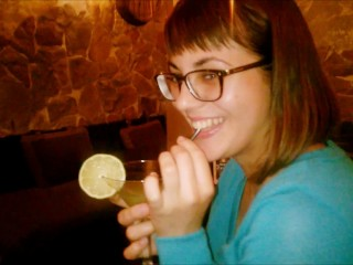 Public Blowjob in the bar – cocktail with cum