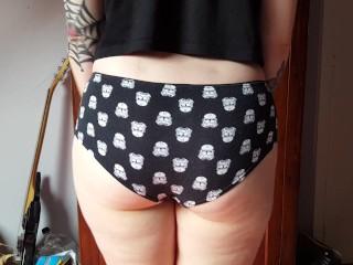 Inked babe displays her round assets in Star Wars panties