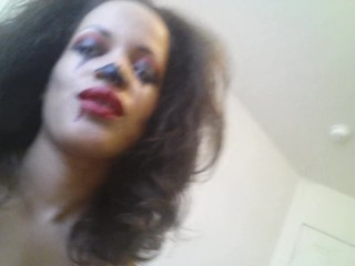 Clown whore messy chats along with masturbates until orgasm! MissLady666