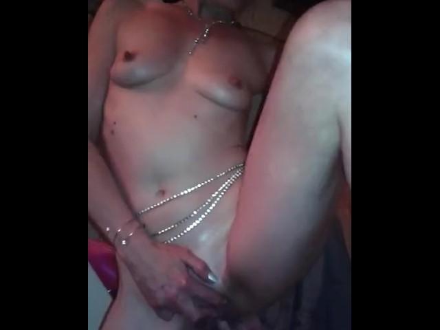 Hot Lesbian Fingering Orgasm