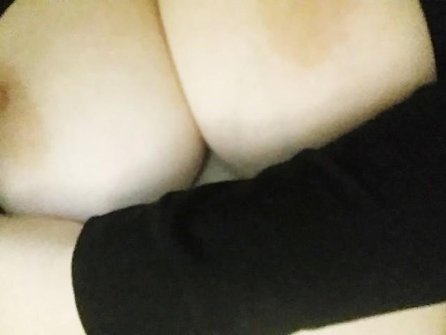Close up big tit pics hot porno