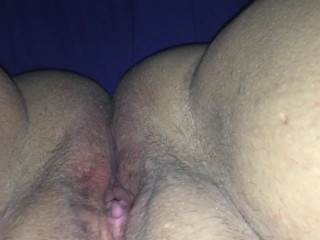 Close Up POV Rubbing my pussy and clit with magic wand